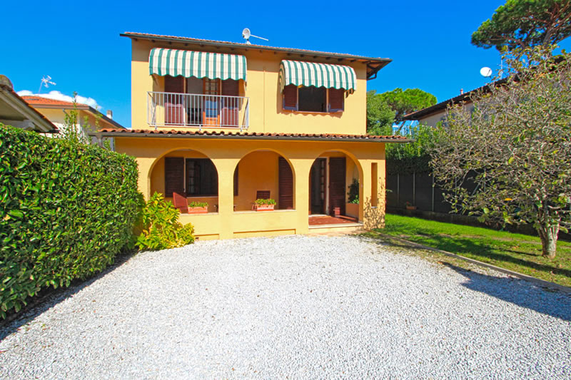 Home - Italian Case, villas for summer rentals in Forte ...